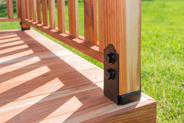 3-1 Simpson OutdoorAccents_Railing